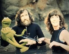 Kathy Mullen with Jim Henson and Kermit during filming of The Muppet Movie. (c) All Rights Reserved, The Walt Disney Company